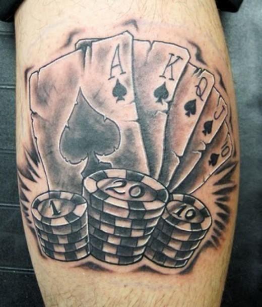 Karty poker tatuaż z żetonami