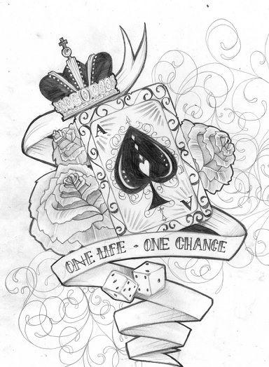 As pik w koronie z kwiatami tatuaż wzór