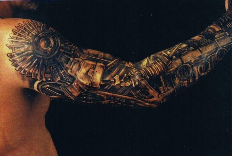 Biomechanika Tatuaż Na Ręce