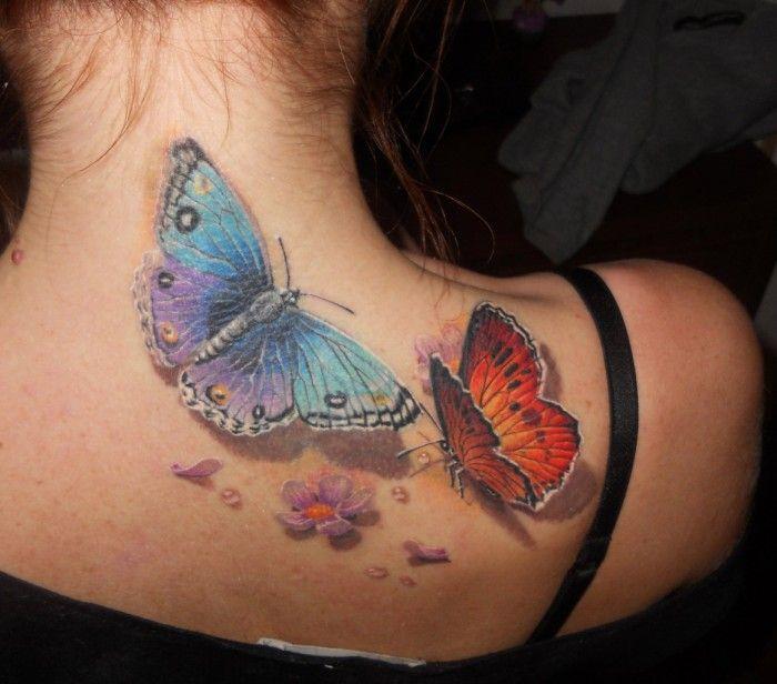 Dwa Kolorowe Motyle I Kwiaty Tatuaż