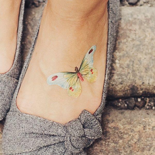 Biały Tatuaż Ze Wzorkiem