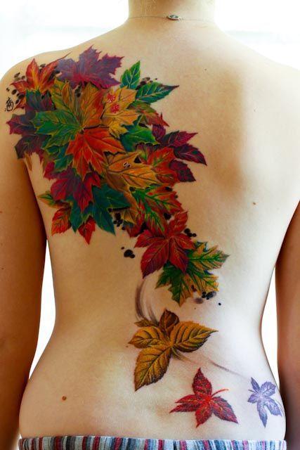 Jesienne liście tatuaż