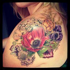 Kolorowe kwiaty tatuaż