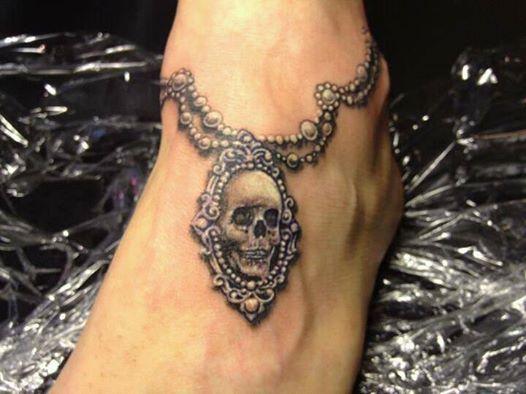 Niebieski Paw Tatuaż Na Stopie