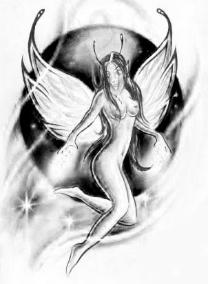 Nagi anioł na tle księżyca
