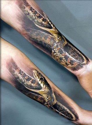 Pożerający Się Wąż Tatuaż