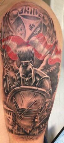 Rycerz w zbroi Widzew Łódź tatuaż