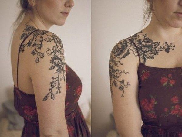 Tatuaż Kwiaty Na Ramieniu
