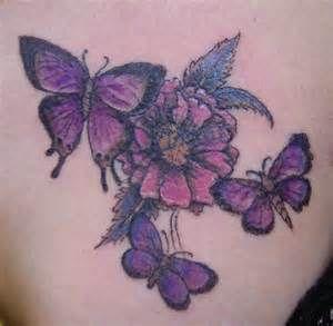 Tatuaż Z Motylami I Kwiatem