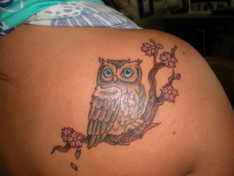 Tatuaż Z Sową Na Gałęzi