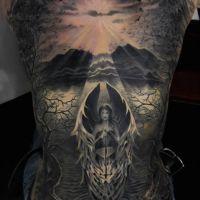 Anioł wśród drzew tatuaż