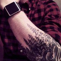 Ciemny las tatuaż