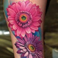 Dwa kwiaty tatuaż kolorowy