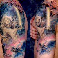 Galaktyka i postać obcego tatuaż