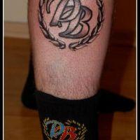 Inicjały Polonia Bytom tatuaż