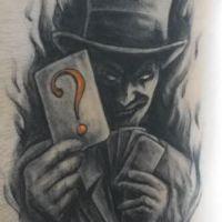 Joker z kartami wzór tatuażu