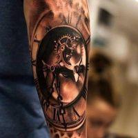 Mechanizm zegar tatuaż