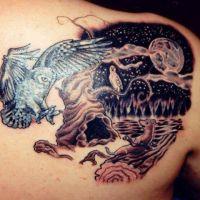 Sowa noc tatuaż