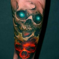 Tatuaż czaszki kolor