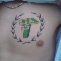 Tatuaż kolorowe logo piłkarskie