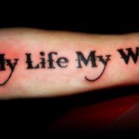 Tatuaż słowa