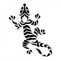 Czarny wzór tatuażu - jaszczurka