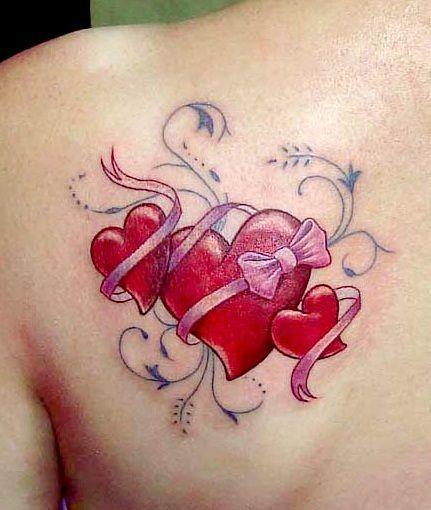 Trzy Serca Z Kokardą Tatuaż