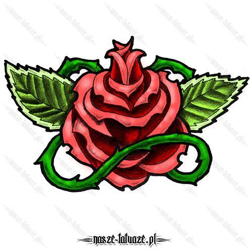 Czerwona róża z liśćmi