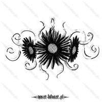 Trzy czarne kwiatki