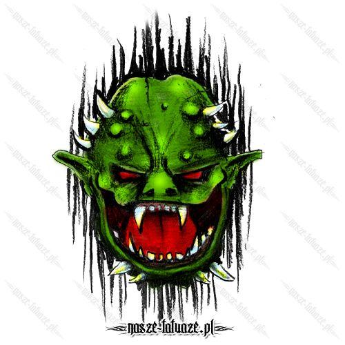 Zielony potwór z kłami